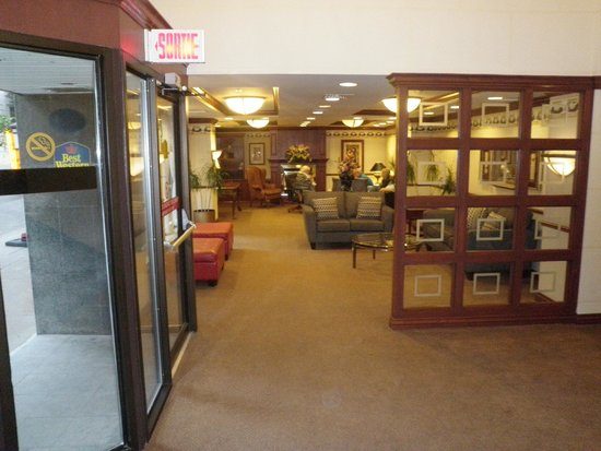 Best Western Ville-Marie Montreal Hotel & Suites: Amnex to the lobby