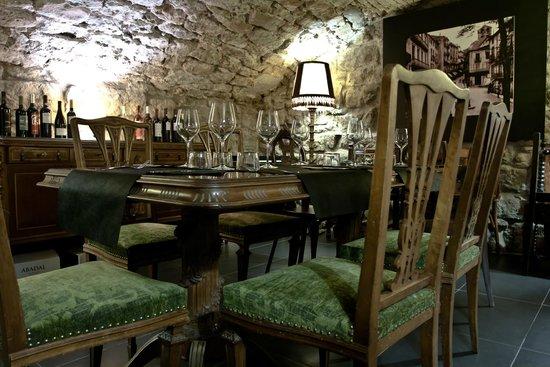 L'Om Cafe-Restaurant