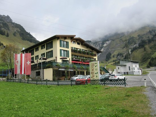 Hotel Arlberg Stuben: The front of the hotel - memorize this!