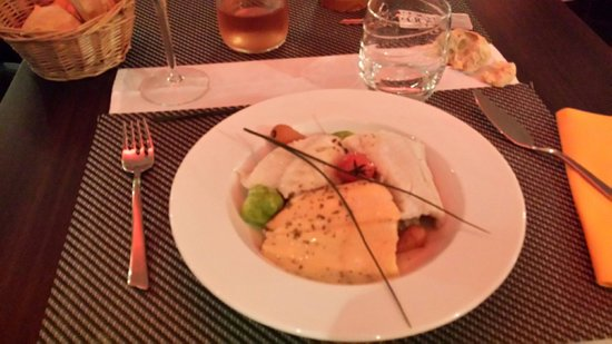 Kyriad Dieppe: Choucroute de la mer ( le choux est dessous)