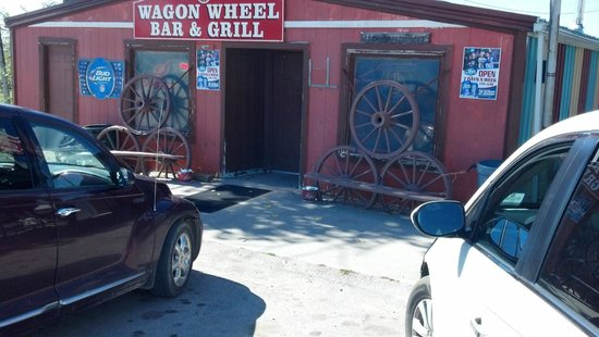 Interior, SD: Wagon Wheel Bar