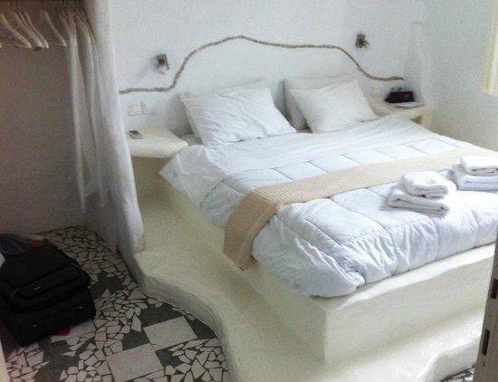 Delmar Apartments & Suites: bedroom