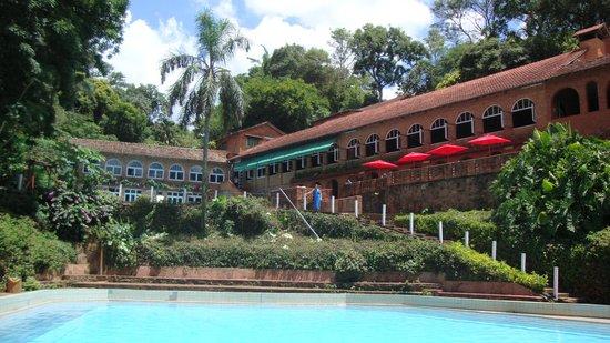 Hotel tirol del paraguay opiniones y fotos del hotel for Hotel luxsur encarnacion