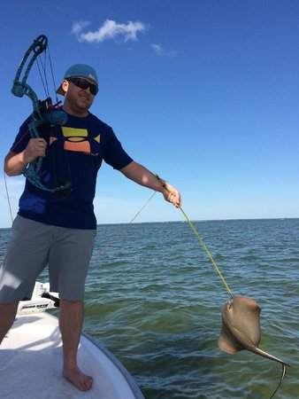 Bow fishing for stingrays picture of destin bay charters for Bay fishing destin fl