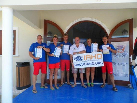 Free Diving Caribbean: De IAHD instructeurs.