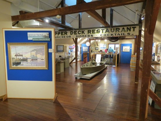 Connecticut River Museum: Third floor exhibs