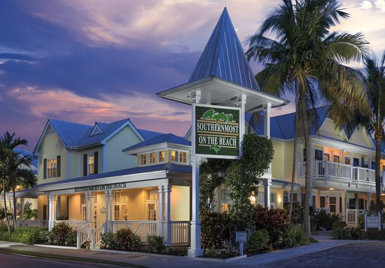 southernmost on the beach hotel picture of southernmost. Black Bedroom Furniture Sets. Home Design Ideas