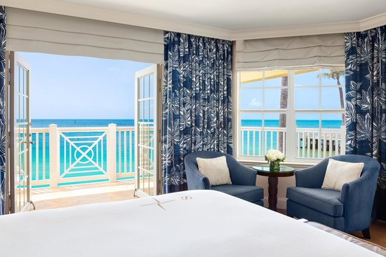 Southernmost Beach Resort : Oceanfront Balcony King room