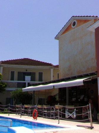 Alkyon Apartments & Villas Hotel: hotellet