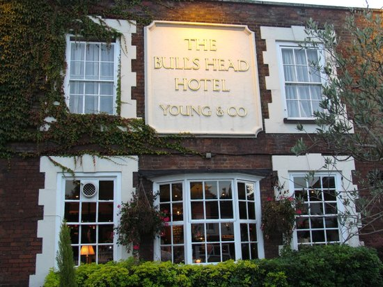 Bull's Head Hotel : Front of the Hotel