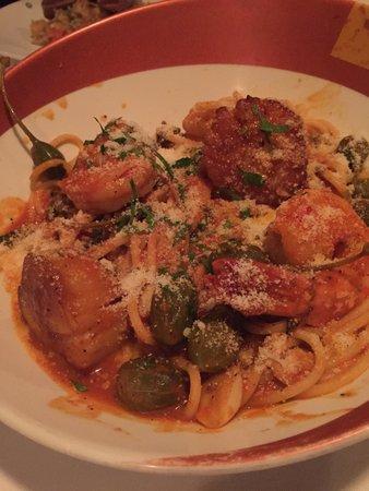 Assaggio Restaurant: Shrimp scallop and spaghetti