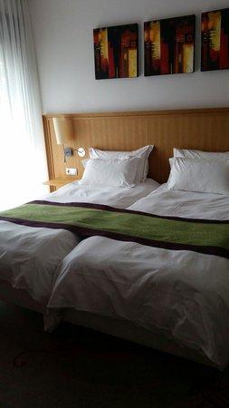 Hotel-Restaurant A l'Etoile - Logis: Chambre bâtiment spa