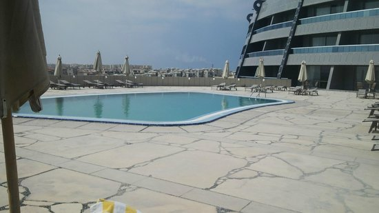 Executive swimming pool picture of radisson blu hotel alexandria alexandria tripadvisor Swimming pools in alexandria va