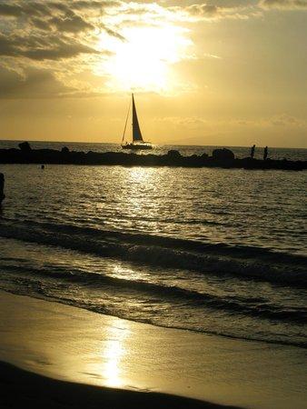 Закат на ближайшем пляже