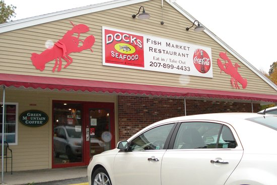 Dock's Seafood: front of Docks