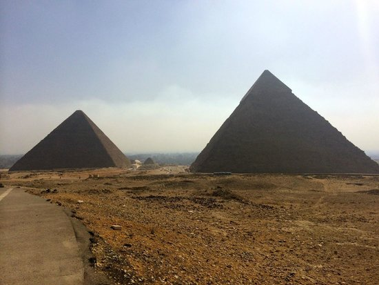 Emad Abu Hadeda - Private Day Tours : Giza Pyramids