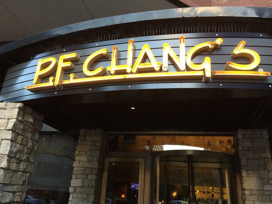 P.F. Chang's: Signage