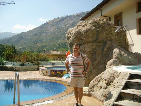 hotel parque de cazorla piscina y jacuzzi exteriores