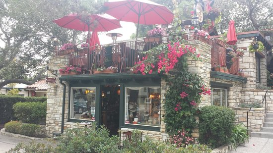 Pleasant Patio From The Street Picture Of Treehouse Cafe Carmel Download Free Architecture Designs Scobabritishbridgeorg