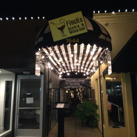 Finchs Bistro & Wine Bar: This is what it looks like at night...don't miss it!
