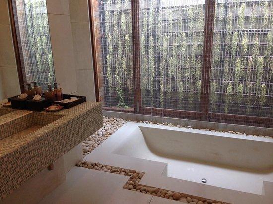 Tango Luxe Beach Villa : bathroom