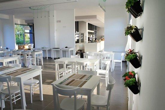 Q-B Quantobasta - Social Eating & Caffe