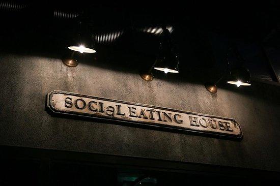 Social Eating House