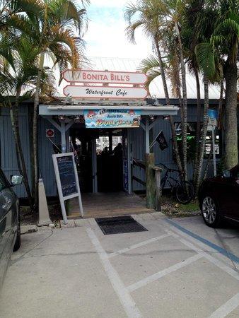 Bonita Bill's Waterfront Cafe: Bonita Bill's entrance
