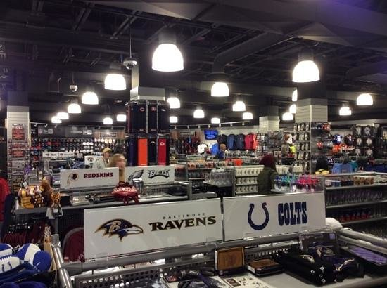 Great Gift Shop! - Picture of Pro Football Hall of Fame, Canton ...