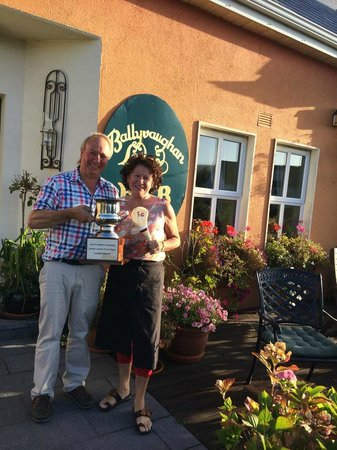 Ballyvaughan Lodge: Gerry and Pauline - the best hosts in Ireland!