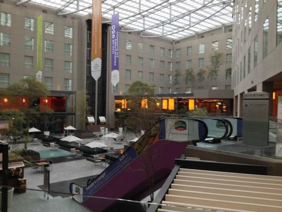 "Courtyard by Marriott Mexico City Airport: The ""Courtyard"" at the Courtyard"