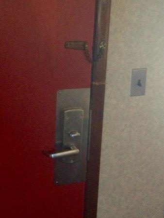 Knights Inn Galax: Deadbolt + security door chain (door also had a \