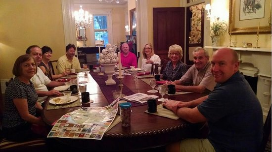 The Governor's House Inn: Breakfast in the B&B