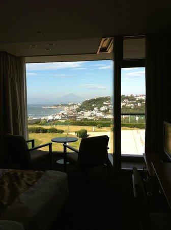 Kamakura Prince Hotel: 404号室 江ノ島・富士山ビユー