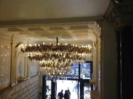 Biggest chandelier ive ever seen picture of gran hotel ciudad de gran hotel ciudad de mexico biggest chandelier ive ever seen aloadofball Gallery