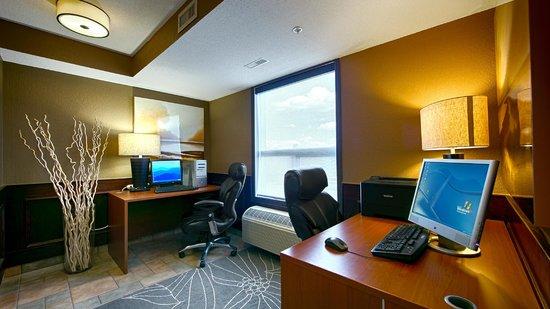 Best Western Strathmore Inn: Business Centre