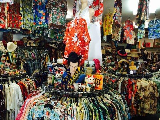 Baileys Antiques & Aloha Shirts