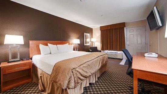 BEST WESTERN Strathmore Inn: Standard Room