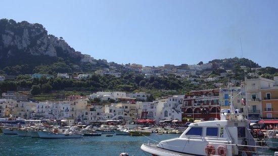 Hotel La Reginella: Arrivée à Capri