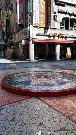 Anyang, Južná Kórea: Pyeongchon Station Town Area