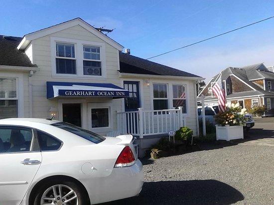 Gearhart Ocean Inn: View of Front Office