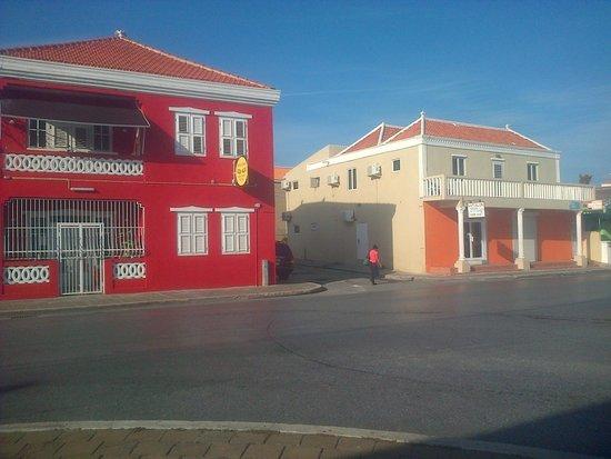 Mustique Suites Curacao: Entrada Principal