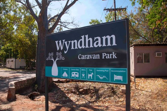 Wyndham Caravan Park: Entry