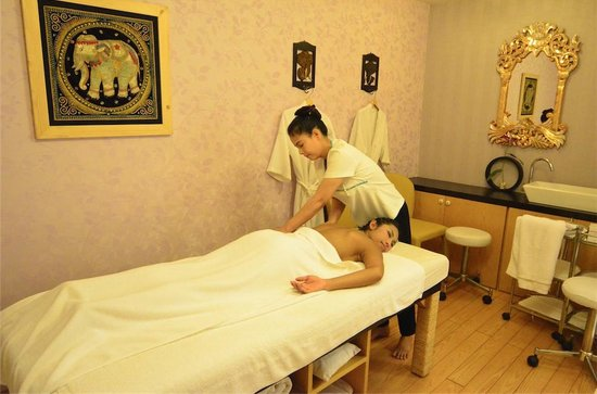 bangkok massage spa skanstull
