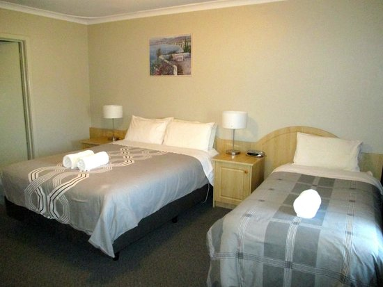 ensuite bedroom picture of albany apartments albany tripadvisor