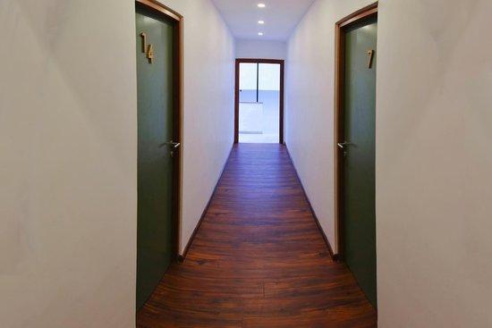 Drift BnB Colombo: Green Doors