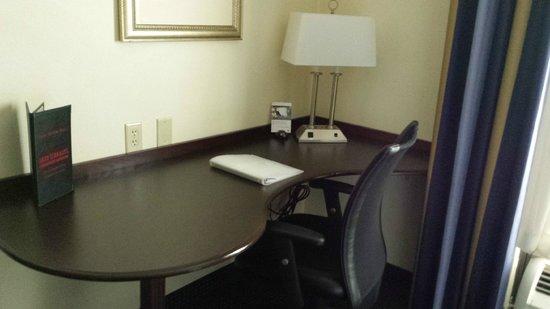 Hampton Inn & Suites Clermont: Room 205