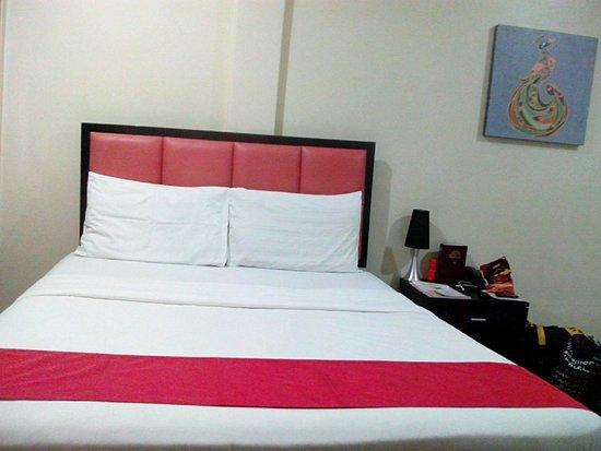 Arabelle Suites: Bed