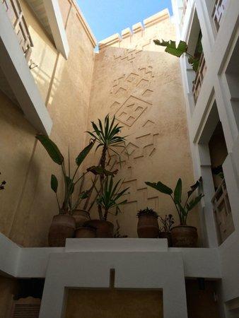 Dar Maya : Central courtyard by day