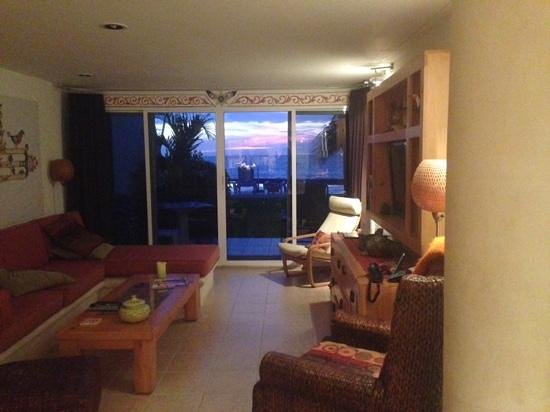 Miramar Condominiums Cozumel : sunsets at miramar 102